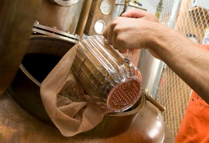 Hazelnut Rum Distilling13